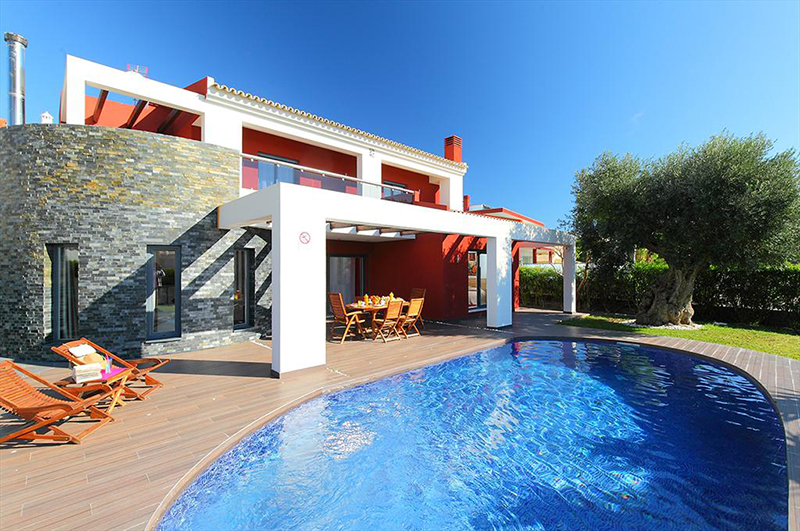 Rent family holiday Villa Albufeira VT225 with heated pool in Albufeira