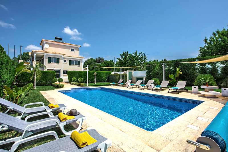 Rent luxury child friendly holiday Villa Albufeira VT229 with heated private pool and huge garden in Albufeira